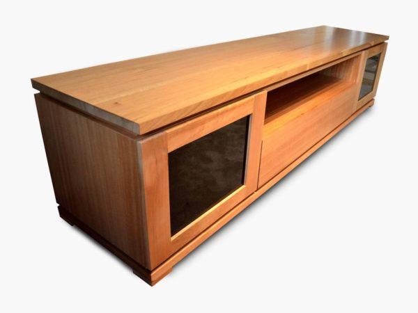 Como Tasmanian Oak TV Unit