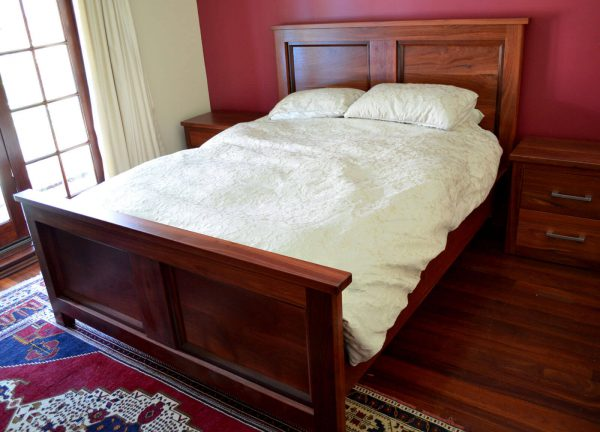 Hillarys Queen Bed