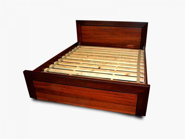 Parkerville Jarrah Queen Bed