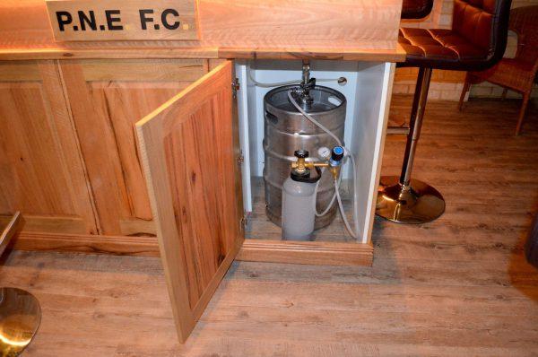Clarkson-Bar-5 Timber Furniture
