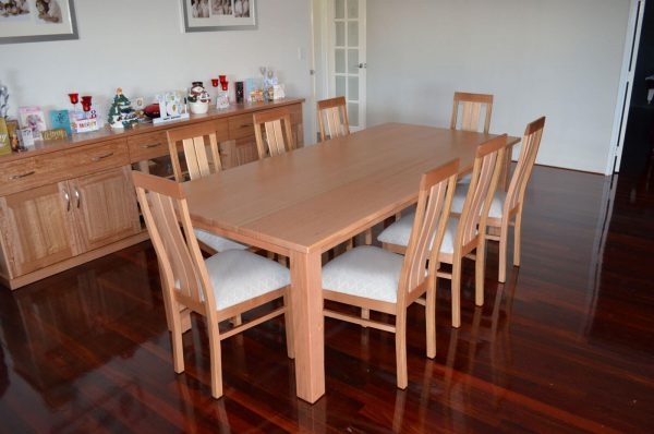 Stirling Oak Dining